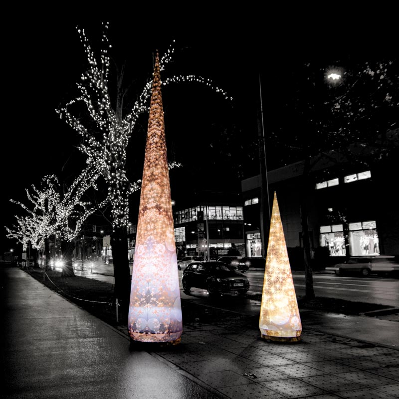 XMAS CONE Wintery Light Sculpture